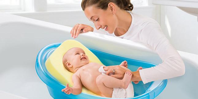 Bebeğinizin İlk Banyosu İçin Tavsiyeler